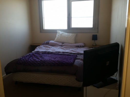 $160, Flatshare, 2 bathrooms, Park Street, South Melbourne VIC 3205