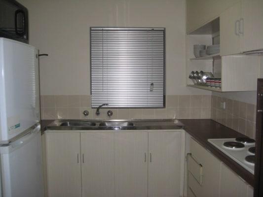$180, Flatshare, 3 bathrooms, Pollard Street, Glendalough WA 6016