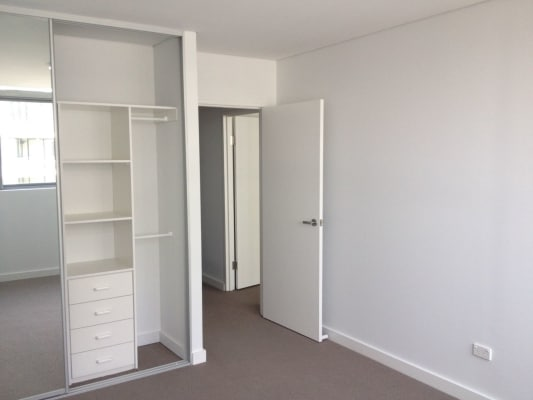 $240, Flatshare, 4 bathrooms, Princes Hwy, Rockdale NSW 2216