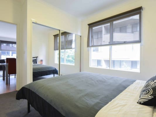 $770, Flatshare, 2 bathrooms, Queens Road, Melbourne VIC 3000