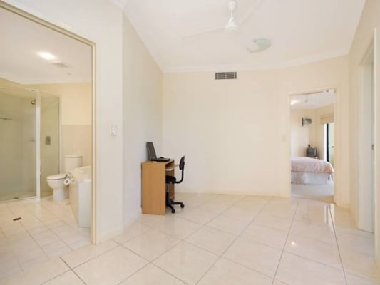 $300, Flatshare, 3 bathrooms, Salonika Street, Parap NT 0820