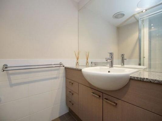 $250, Flatshare, 3 bathrooms, Sixth Avenue, Maylands WA 6051