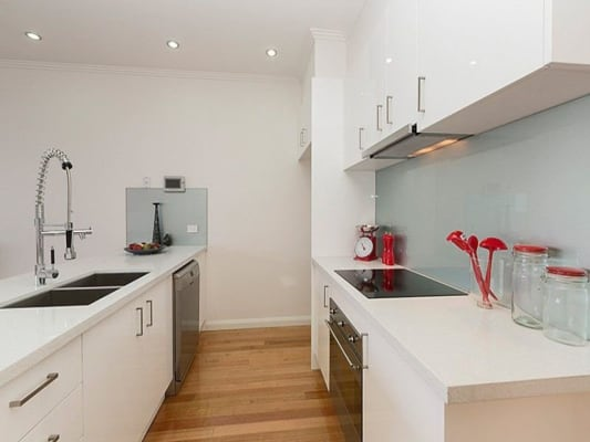 $220, Flatshare, 3 bathrooms, Smith St, Kensington VIC 3031