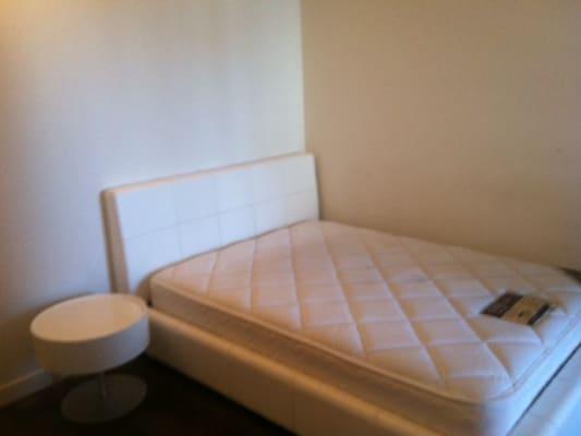 $350, Flatshare, 3 bathrooms, Spencer, Melbourne VIC 3000