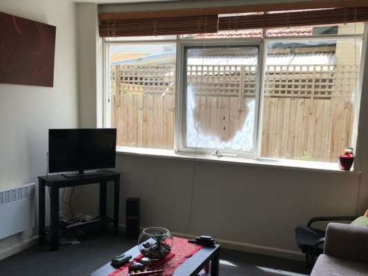 $175, Flatshare, 2 bathrooms, Spray Street, Elwood VIC 3184