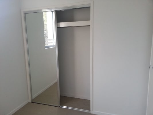 $175, Flatshare, 2 bathrooms, Stamford Street, Yeerongpilly QLD 4105