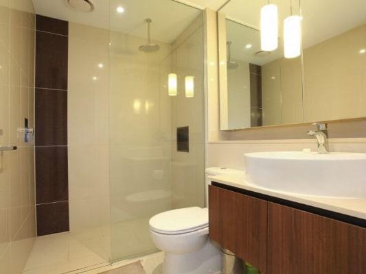 $290, Flatshare, 2 bathrooms, Toorak Road, South Yarra VIC 3141