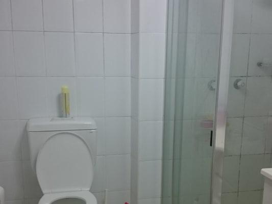 $180, Flatshare, 3 bathrooms, Wattle Crescent, Pyrmont NSW 2009