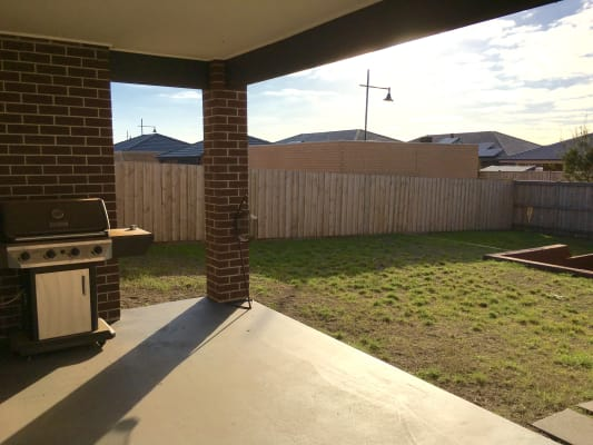 $160, Share-house, 3 bathrooms, St Arnaud Road, Eynesbury VIC 3338