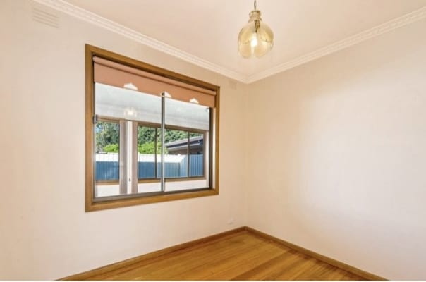 $420, Whole-property, 3 bathrooms, Allan Street, Altona North VIC 3025