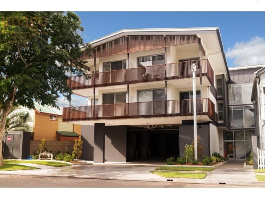 $195, Flatshare, 2 bathrooms, Hopetoun Street, Ascot QLD 4007