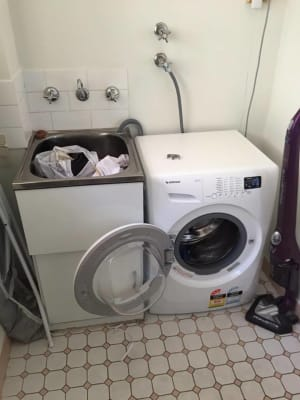 $145, Flatshare, 2 bathrooms, Sir Joseph Banks Street, Bankstown NSW 2200