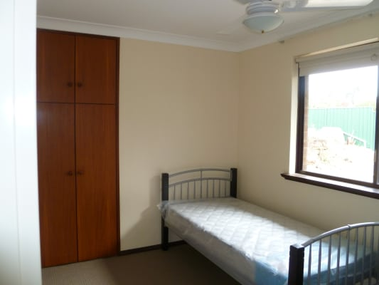 $150, Share-house, 4 bathrooms, Irwin Street, Leeming WA 6149