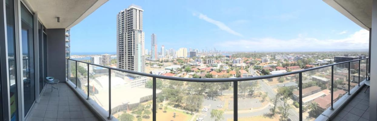 $300, Flatshare, 2 bathrooms, Lawson Street, Southport QLD 4215