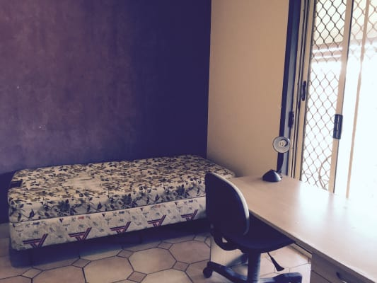 $135-140, Share-house, 2 rooms, Stanton Court, Parkwood QLD 4214, Stanton Court, Parkwood QLD 4214