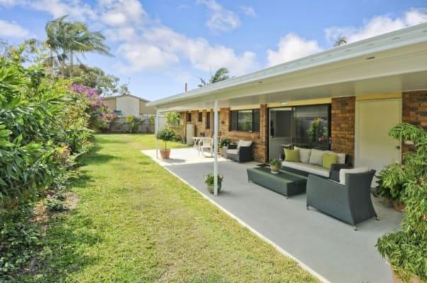 $450, Whole-property, 3 bathrooms, Beltana Crescent, Buddina QLD 4575