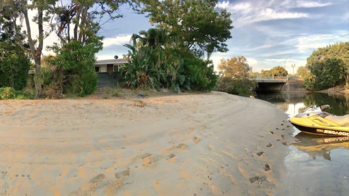 $180, Share-house, 4 bathrooms, Salerno Street, Surfers Paradise QLD 4217