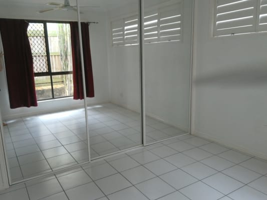 $280, Granny-flat, 1 bathroom, Whiting Street, Labrador QLD 4215