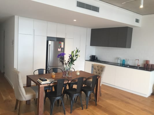 $400, Flatshare, 2 bathrooms, George Street, Waterloo NSW 2017