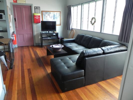 $160, Share-house, 2 rooms, Thornbury Street, Spring Hill QLD 4000, Thornbury Street, Spring Hill QLD 4000