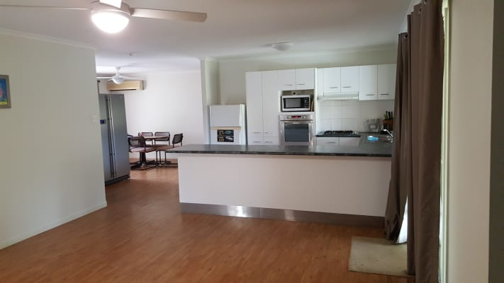 $185, Share-house, 4 bathrooms, Rosswood Ct, Helensvale QLD 4212