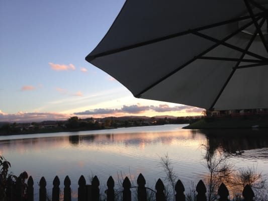 $400, Whole-property, 3 bathrooms, Silvabank Drive, Varsity Lakes QLD 4227