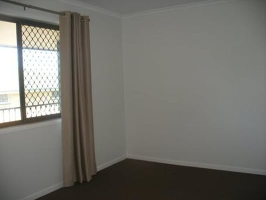 $140, Flatshare, 2 bathrooms, Young Street, Petrie QLD 4502