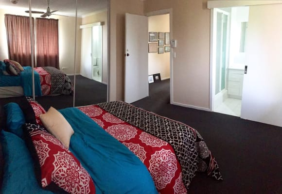 $220, Flatshare, 3 bathrooms, Awoonga Avenue, Burleigh Heads QLD 4220