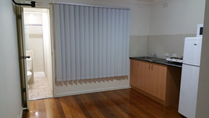 $200-250, Share-house, 2 rooms, Warbla Street, Dandenong North VIC 3175, Warbla Street, Dandenong North VIC 3175