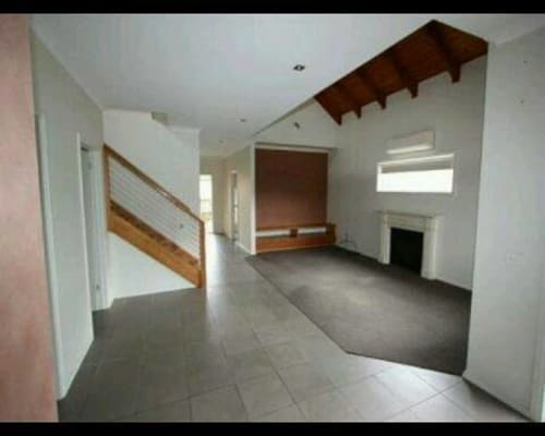 $150, Share-house, 4 bathrooms, Ebden Street, Hamlyn Heights VIC 3215