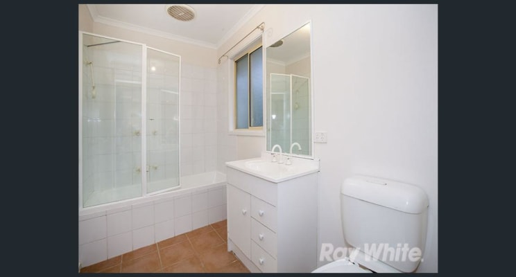 $220, Share-house, 3 bathrooms, Stuart Street, Noble Park VIC 3174