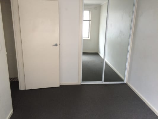 $160, Flatshare, 2 bathrooms, Barkly Street, West Footscray VIC 3012
