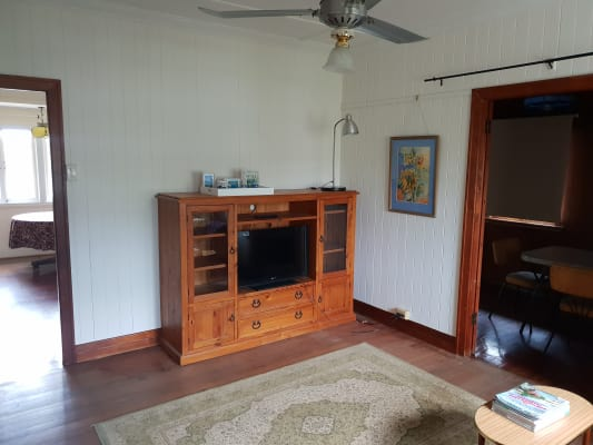 $250, Whole-property, 2 bathrooms, Ellen Street, Oxley QLD 4075