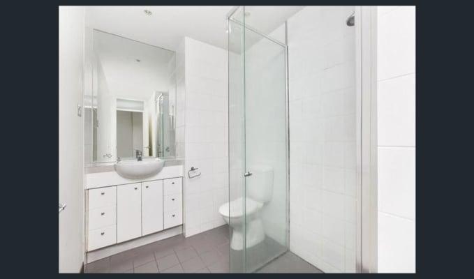$585, Whole-property, 2 bathrooms, Collins Street, Melbourne VIC 3000