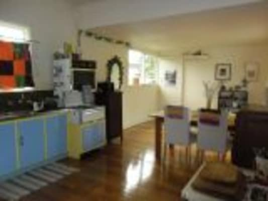$150, Share-house, 3 bathrooms, Ivanhoe Court, Newcomb VIC 3219