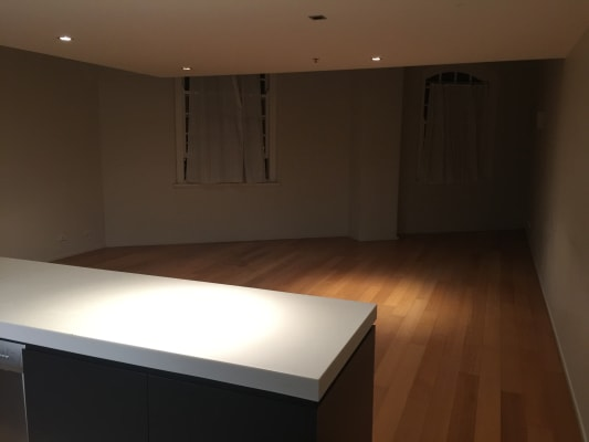 $250, Flatshare, 3 bathrooms, Vernon Terrace, Teneriffe QLD 4005