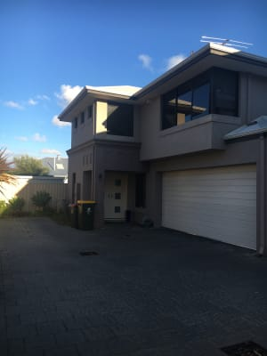 $195, Share-house, 3 bathrooms, Bates Road, Innaloo WA 6018