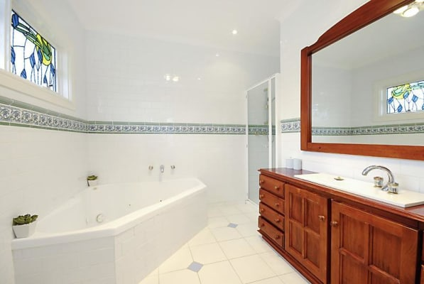 $225, Whole-property, 4 bathrooms, Greville Street, Huntingdale VIC 3166