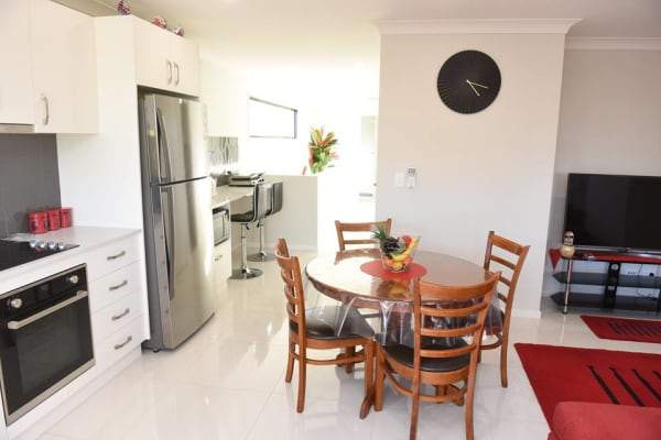 $200, Student-accommodation, 4 bathrooms, McLennan Street, Albion QLD 4010