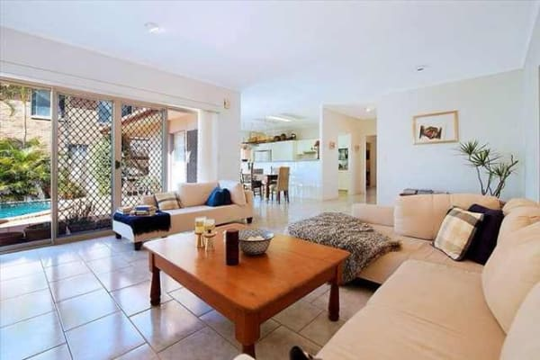 $200, Share-house, 4 bathrooms, Santabelle Crescent, Clear Island Waters QLD 4226