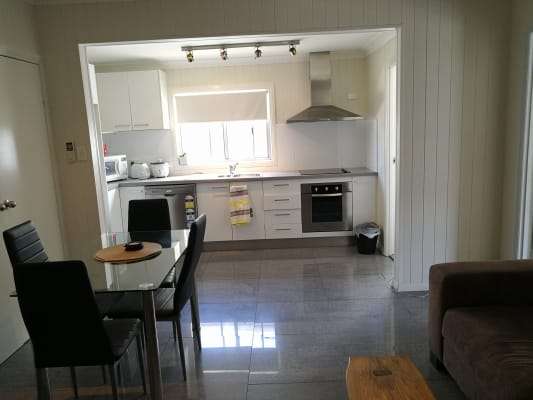 $160, Flatshare, 3 bathrooms, Vulture Street East, East Brisbane QLD 4169