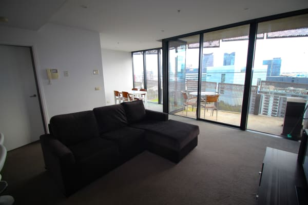 $350, Flatshare, 2 bathrooms, Waterview Walk, Docklands VIC 3008