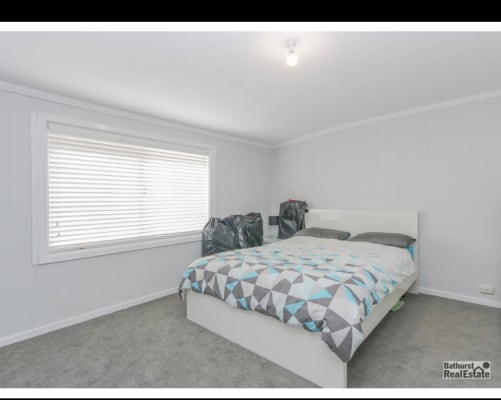 $200, Share-house, 3 bathrooms, Violet Street, South Bathurst NSW 2795