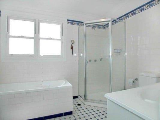 $340, Share-house, 4 bathrooms, Burren Street, Erskineville NSW 2043