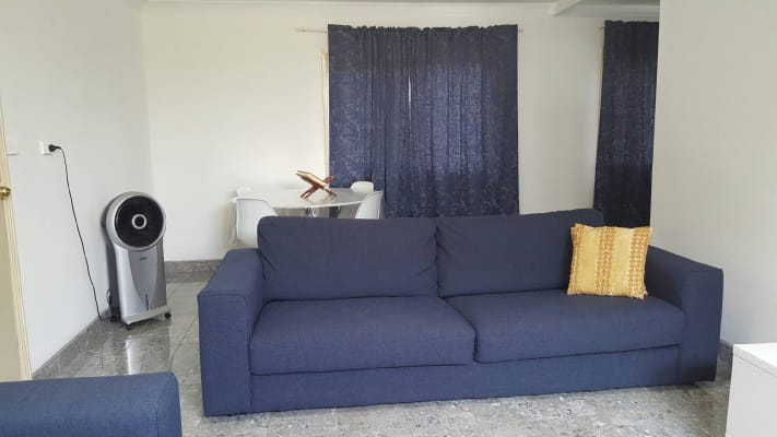 $400, Granny-flat, 2 bathrooms, Coongra, Busby NSW 2168