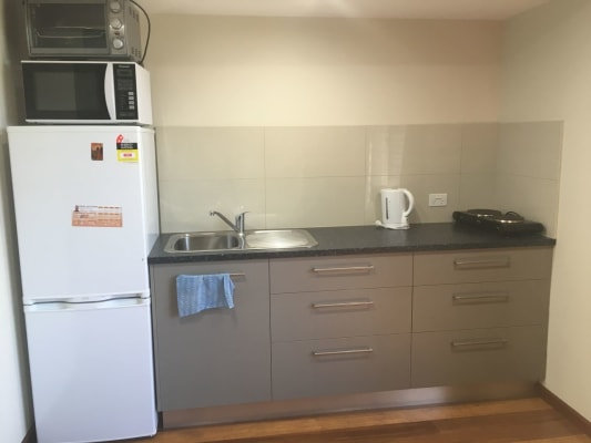 $300, Granny-flat, 1 bathroom, Dalwood Crescent, Malak NT 0812