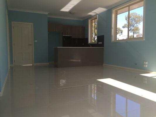$180, Granny-flat, 2 bathrooms, Grace Ave, Cabramatta NSW 2166