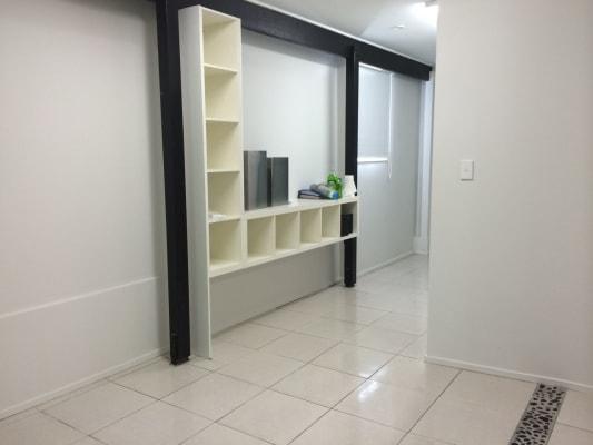 $250, Granny-flat, 1 bathroom, Gympie Rd , Chermside QLD 4032