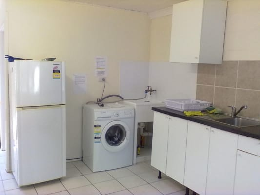 $320, Granny-flat, 2 bathrooms, Hammersmith Street, Coopers Plains QLD 4108