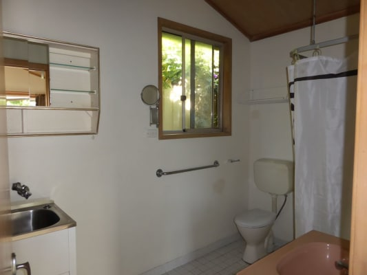 $280, Granny-flat, 1 bathroom, Havenview Rd, Terrigal NSW 2260